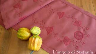 striscia a ricamo d'Assia, schwalm embroidery
